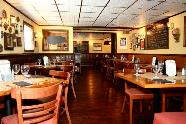 Tavern of Rocky Hill Inn