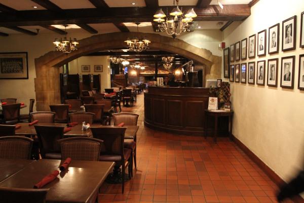 Yankee Doodle Tap Room in the Nassau Inn