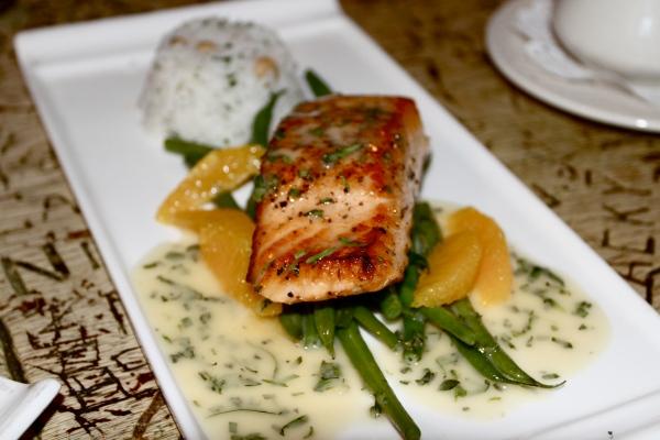Salmon at Yankee Doodle Tap Room in Nassau Inn in Princeton